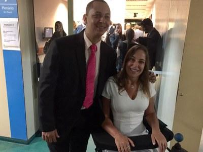 Presidente da Câmara, Ronaldo Tróia, visita o Gabinete da Deputada Federal Mara Gabrilli.
